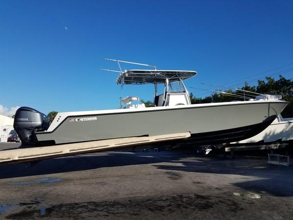 New Contender 39 ST Center Console Fishing Boat For Sale
