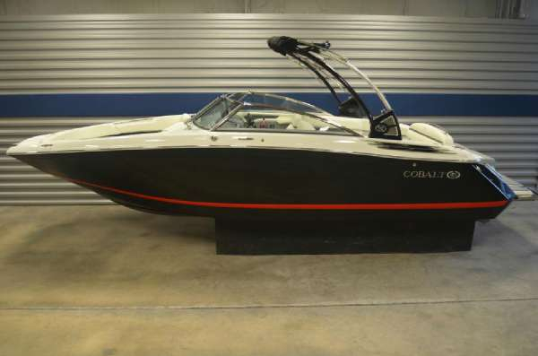 New Cobalt Boats 26SD Deck Boat For Sale