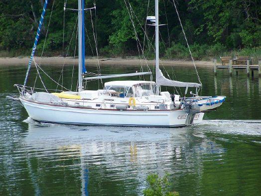 Used Gulfstar Center Cockpit Motorsailer Sailboat For Sale