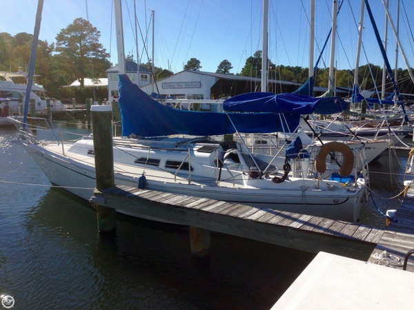 Used Ericson Yachts 30 Sloop Sailboat For Sale