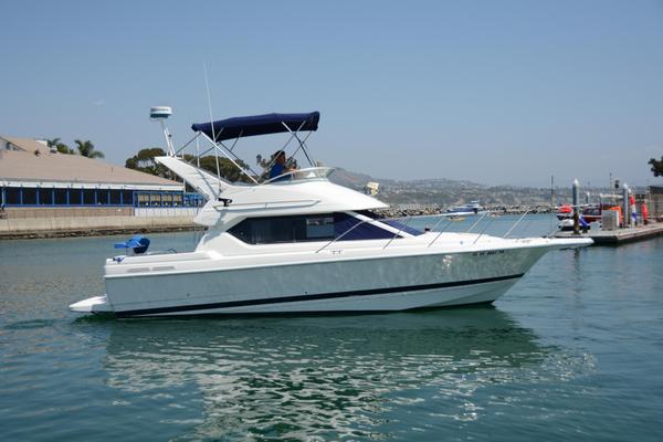 Used Bayliner 2858 Ciera Command Bridge Convertible Fishing Boat For Sale