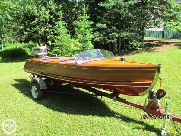 Used Larson 14 Antique and Classic Boat For Sale