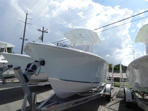 New Sea Hunt 234 ultra Center Console Fishing Boat For Sale