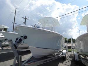 New Sea Hunt 234 ultra Center Console Fishing Boat For Sale