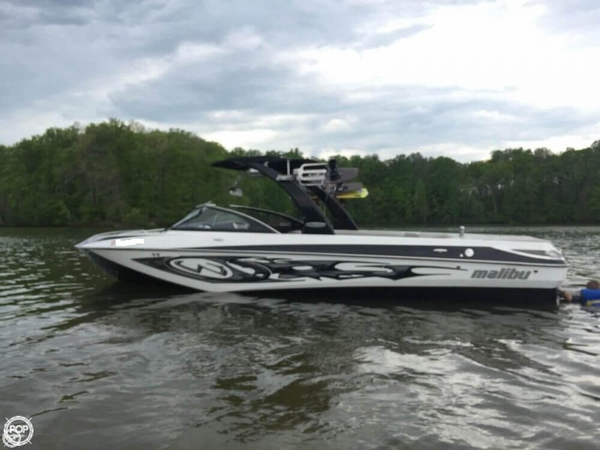 Used Malibu 247 LSV Ski and Wakeboard Boat For Sale