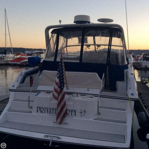 Used Carver Montego 538 Express Cruiser Boat For Sale