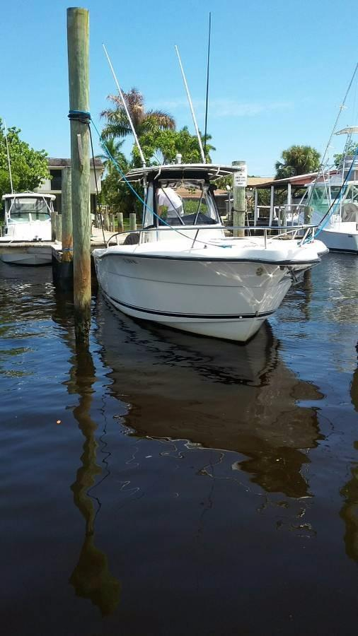 Used Pursuit 2670 Cuddy Console Saltwater Fishing Boat For Sale