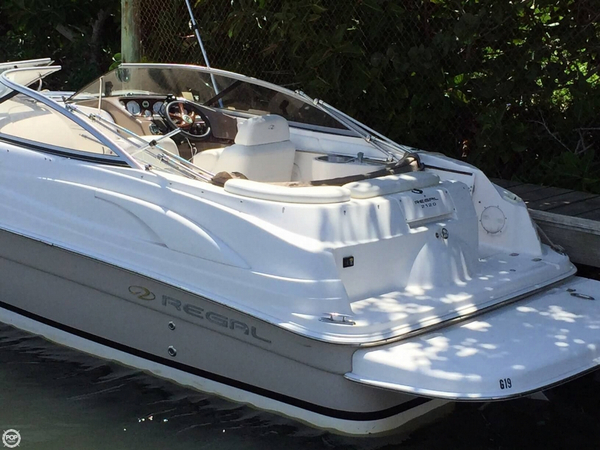 Used Regal 2120 Deck Boat For Sale
