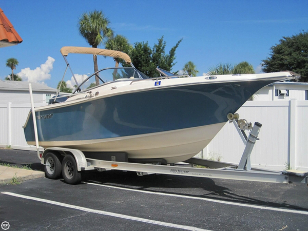Used Key West 225 DC Center Console Fishing Boat For Sale