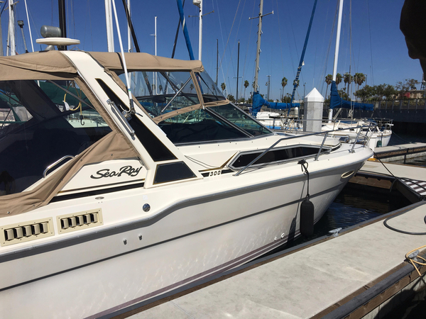 Used Sea Ray 300 Express Cruiser Boat For Sale