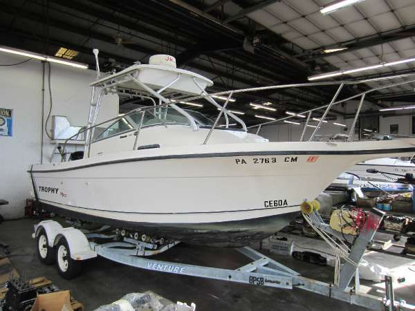 Used Trophy 2002 Freshwater Fishing Boat For Sale