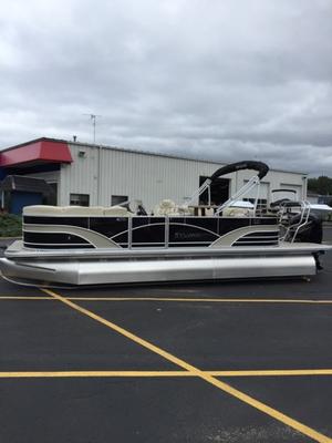 New Sylvan 8522 LZ Port LE Pontoon Boat For Sale