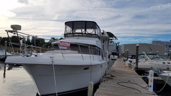 Used Carver 440 Aft Cabin Motor Yacht Aft Cabin Boat For Sale