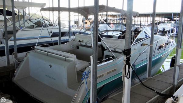 Used Thompson Santa Cruz 2700 Express Cruiser Boat For Sale