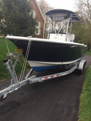 Used Sea Hunt 225 Triton Center Console Fishing Boat For Sale
