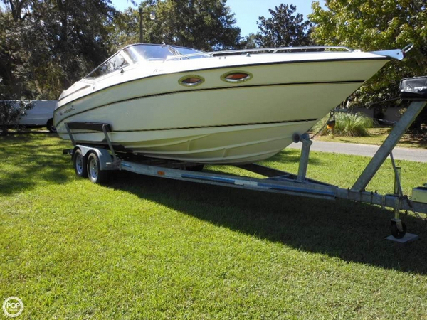 Used Regal 2850 LSC Express Cruiser Boat For Sale
