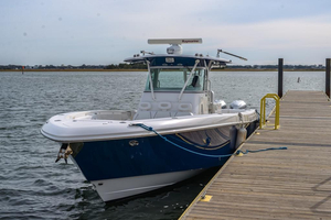 Used Everglades 350 CC Center Console Fishing Boat For Sale