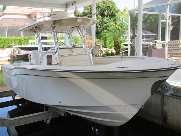 Used Grady-White 306 Bimini CC Center Console Fishing Boat For Sale