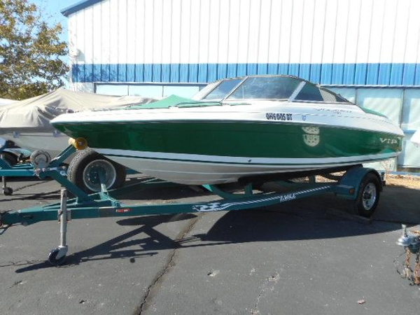 Used Vip 1996SBRS Bowrider Boat For Sale