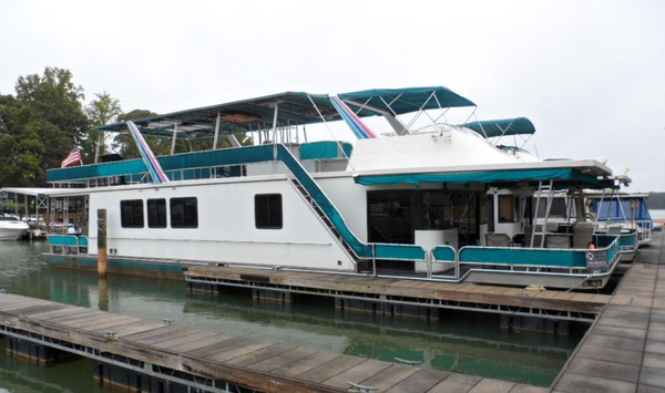 Used Sumerset 16 X 67 House Boat For Sale