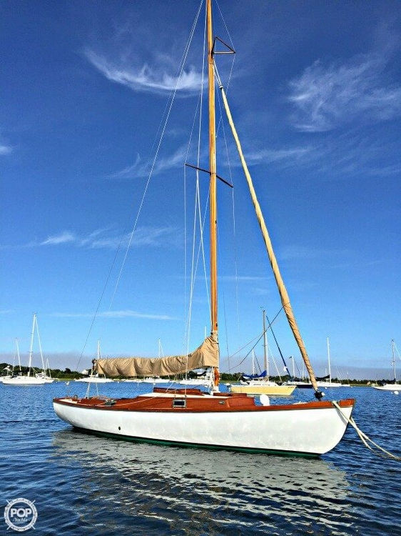 Used Philip Rhodes 26 Sloop Sailboat For Sale