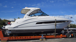 New Cruisers Yachts 380 Express Cruiser Boat For Sale