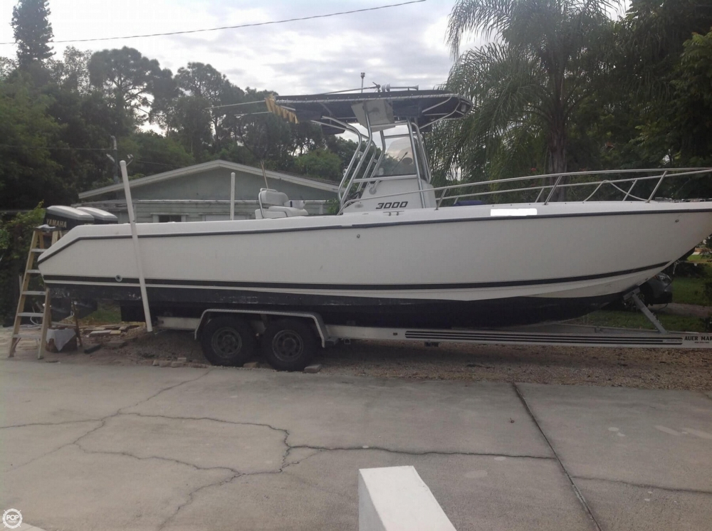 1999 used century 3000 center console fishing boat for for Used center console fishing boats for sale