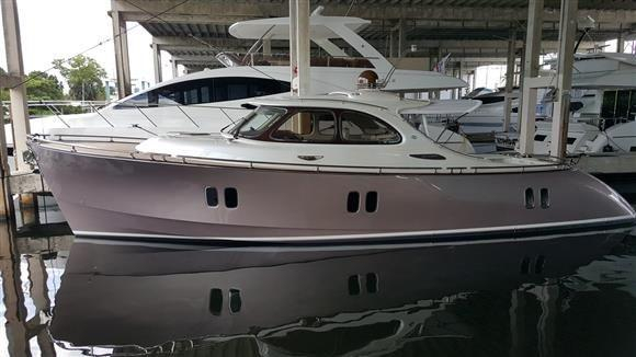 Used Zeelander Express Cruiser Boat For Sale