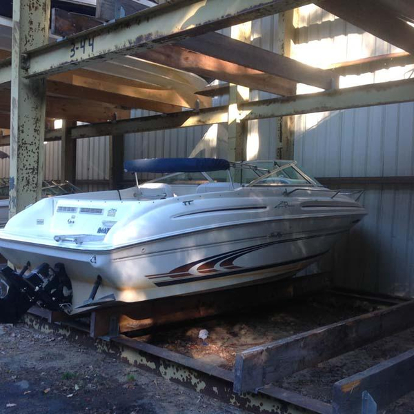 Used Sea Ray 215 EC Bowrider Boat For Sale