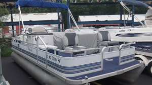 Used Sylvan 94-PARTYFISH Other Boat For Sale