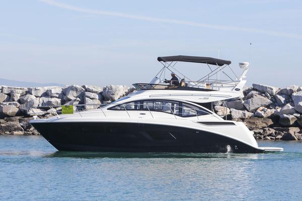 New Sea Ray Sport Fly 400 Flybridge Boat For Sale