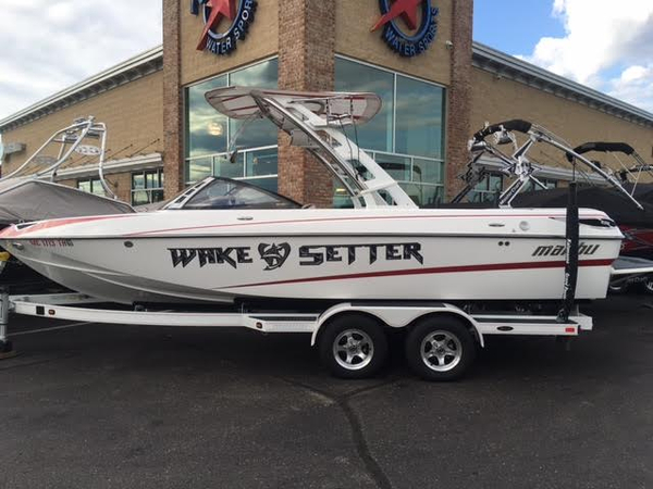 Used Malibu Wakesetter 23 LSV Unspecified Boat For Sale