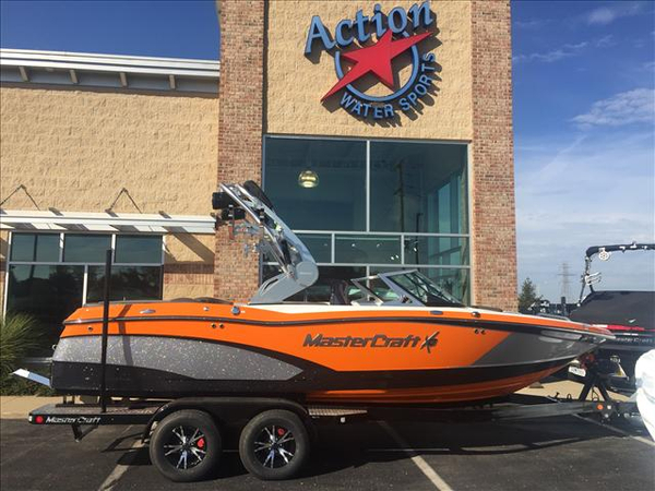 New Mastercraft Ski and Wakeboard Boat Ski and Wakeboard Boat For Sale