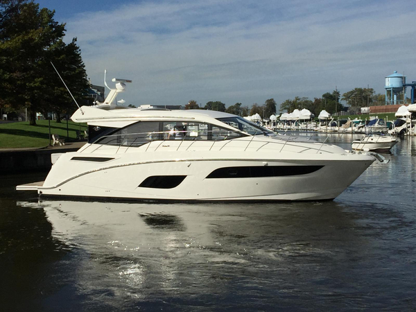New Sea Ray 460 Sundancer Cruiser Boat For Sale