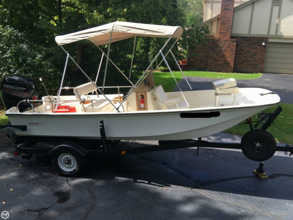 Used Boston Whaler 16 Montauk Center Console Fishing Boat For Sale