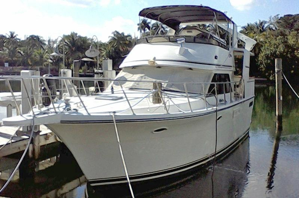 Used Carver Californian Motor Yacht For Sale