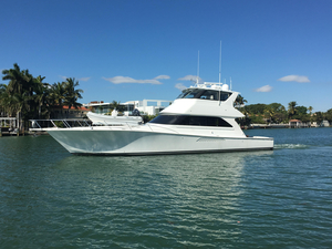 Used Viking Yachts Enclosed C30 Cats Mezzanine Sports Fishing Boat For Sale