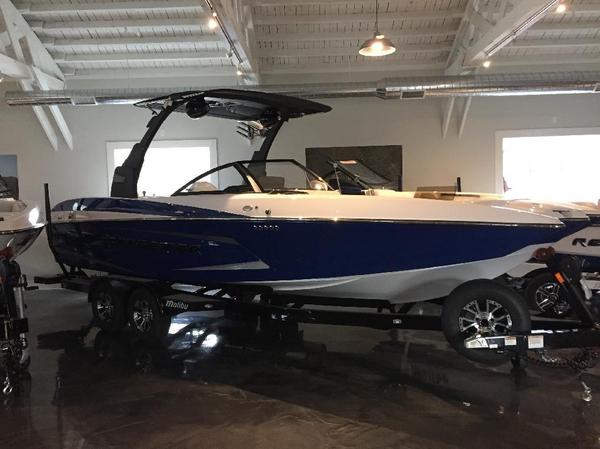 New Malibu 24MXZ Ski and Wakeboard Boat For Sale