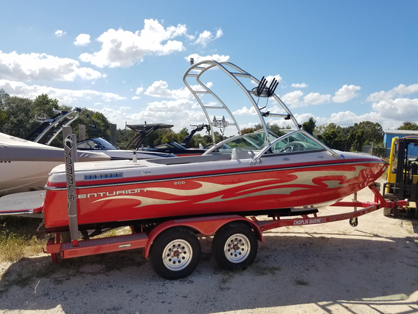 Used Centurion Lightning C4 Ski and Wakeboard Boat For Sale