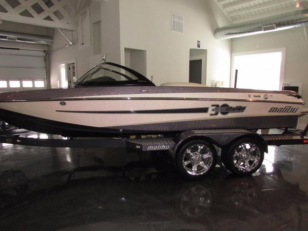 Used Malibu Response TXi Ski and Wakeboard Boat For Sale