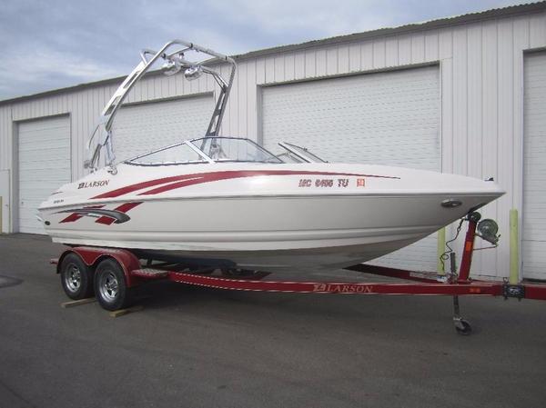 Used Larson Senza Bowrider Boat For Sale