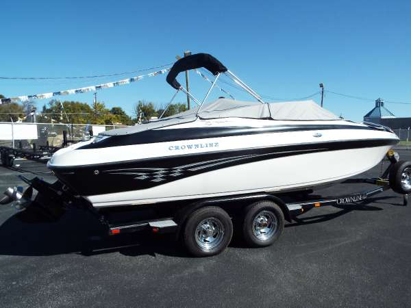 Used Crownline 225 BR Bowrider Boat For Sale