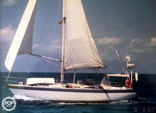 Used Wauquiez Hood 38 MK I Racer and Cruiser Sailboat For Sale