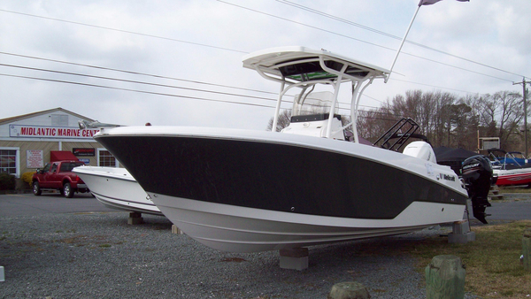New Wellcraft 242 Fisherman Center Console Fishing Boat For Sale