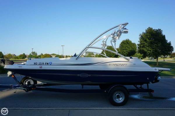 Used Starcraft Limited 2000 Deck Boat For Sale