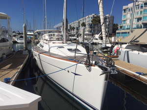 Used Jeanneau 42i Racer and Cruiser Sailboat For Sale