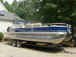 Used Sun Tracker FIshin' Barge 24 DLX Pontoon Boat For Sale