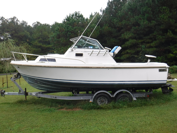 Used Hinterhoeller Limestone 24 Express Cruiser Express Cruiser Boat For Sale
