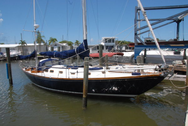 Used Hinckley Bermuda Yawl Sailboat For Sale