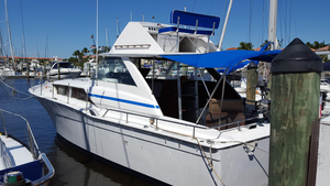 Used Chriscraft Commander Motor Yacht For Sale